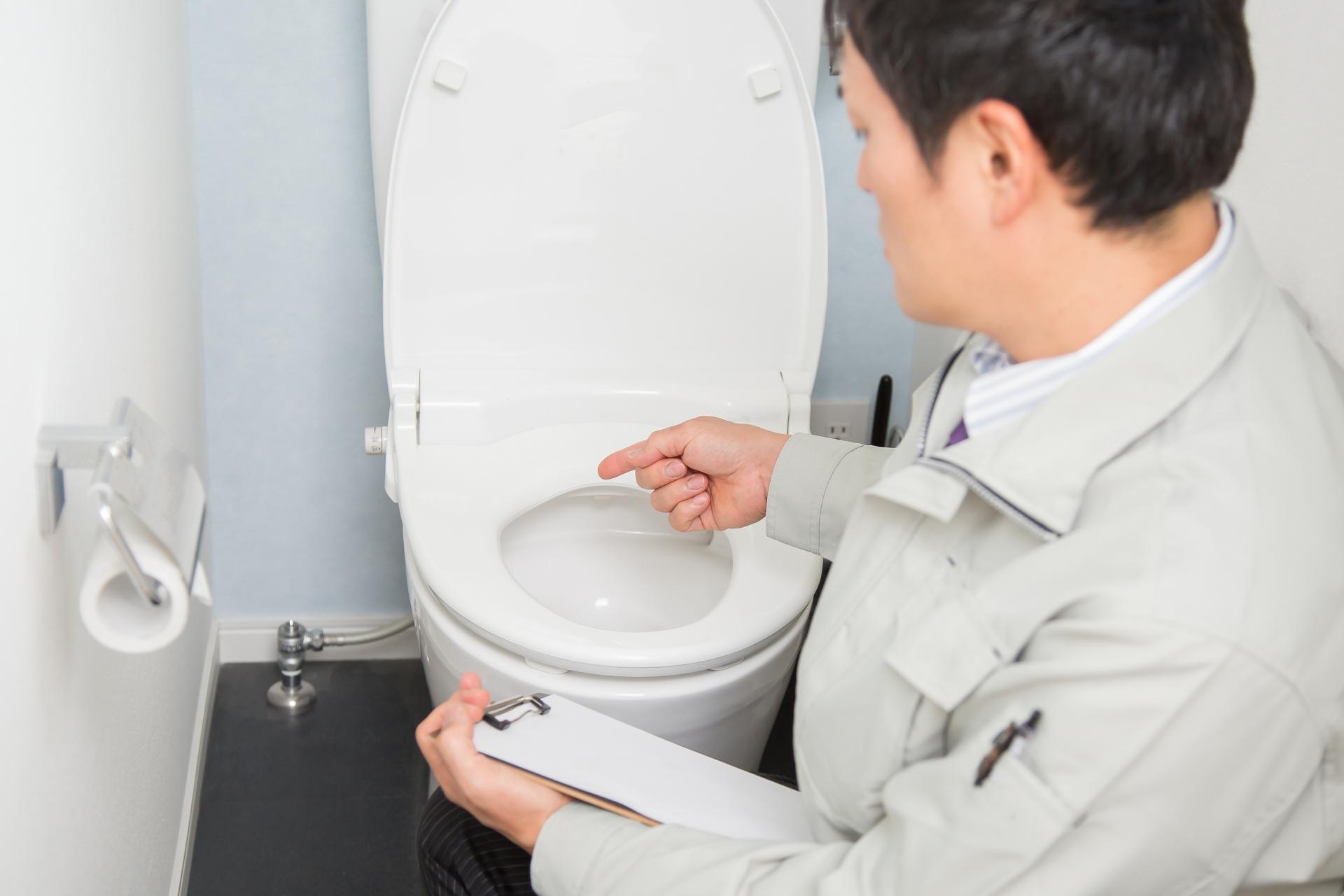 工事時間は最短1時間 トイレのリフォーム工事費用の相場と内容